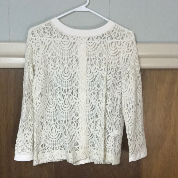 8e0cd6f40a2b4b Banana Republic Tops | Cream Lace Top Size Medium | Poshmark